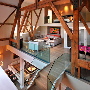 Three-storyed penthouse in London from TG Studio